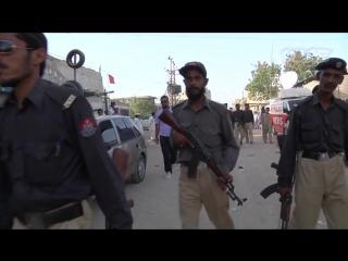 Убийства, наркотики и политика в пакистанском Карачи (VICE)