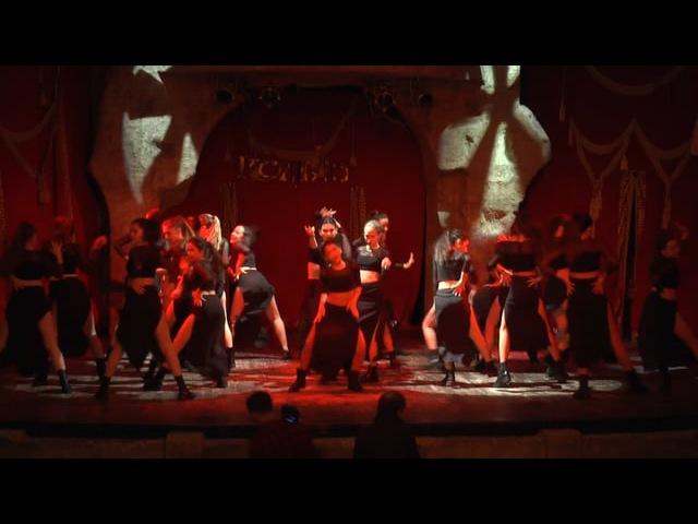 Основной состав студии танцы Space Dance. Танец Trini Dem Girls .Отчетный концерт 2016.Огни Уфы Колизео.space_dance-ufa