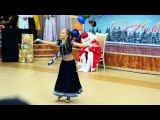 Little Russian Girl dancing on Indian song ! Aaja Nachle !