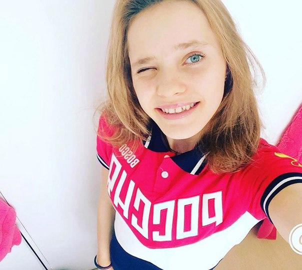 NATALIA KAPITONOVA Prr17aOaCyc