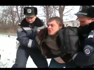 Еблан в наручниках