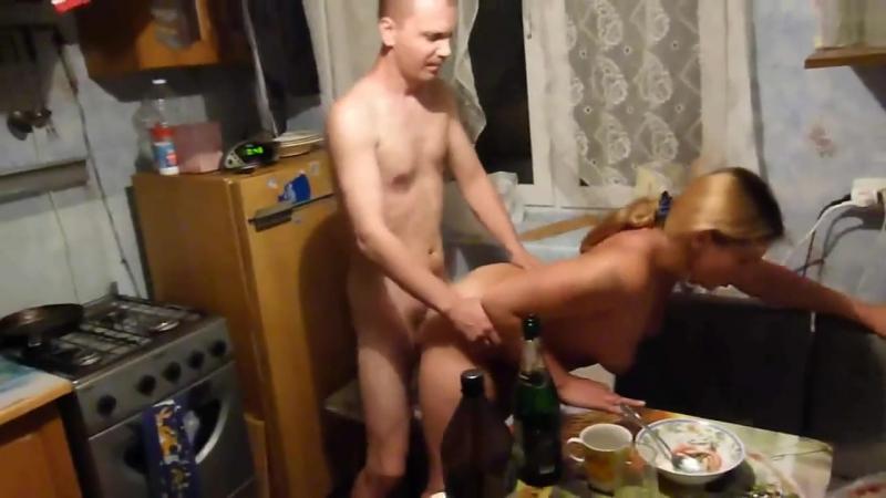 Русские застольные порно — photo 1