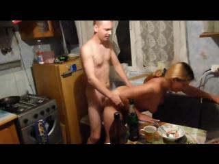russkoe-porno-video-domashnego-zastolya-luchshee-porno