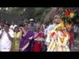 Dimple Kapadia At The Ganapati Visarjan - Bollywood Updates