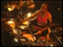 Phil Collins - Hang in Long Enough live 1990 - Chester Thompson drum cam