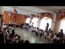 Жека танцует военный танец на 9 Мая