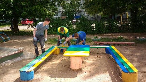 Покраска детских площадок