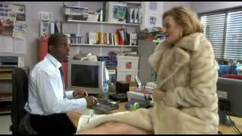Green Wing - S01E07(00h12m29s-00h12m52s)
