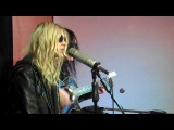 The Pretty Reckless - Take Me Down (Acoustic)