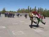 С.Лавров возложил венок к Мемориалу жертв Геноцида армян «Цицернакаберд» и цветы к Вечному огню мемориального комплекса