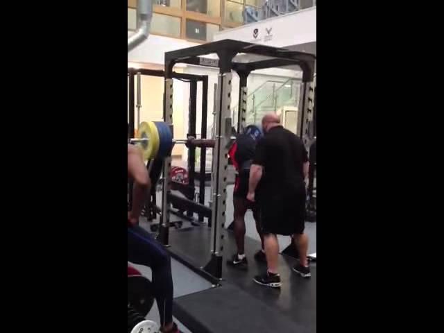 Harry Aikines-Aryeetey 200kg / 441 lbs front squat