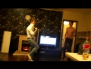 Пацаны классно танцуют
