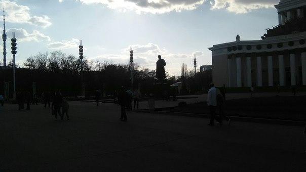 Ленин в темноте