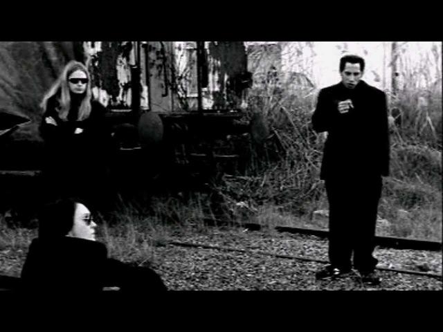 Bay Laurel - First We Take Manhattan (Leonard Cohen Cover)