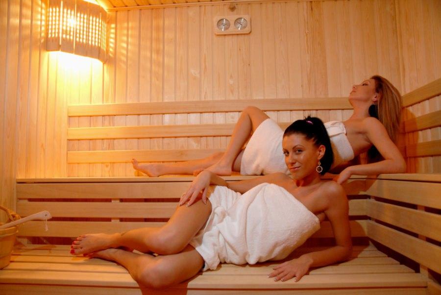 Девочка в русской бане фото 300-62
