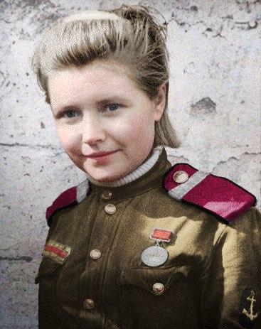 Цветные картинки военных лет