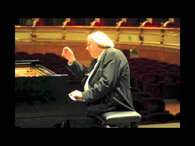 Grigory Sokolov plays Chopin mazurkas - live 2015