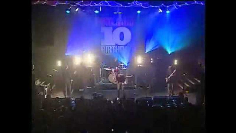 Kasabian - The Doberman (with Noel Gallagher)