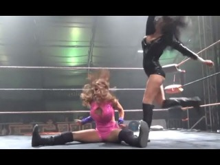 Shelly Martinez vs Reby Sky, Female Wrestling Squash Match