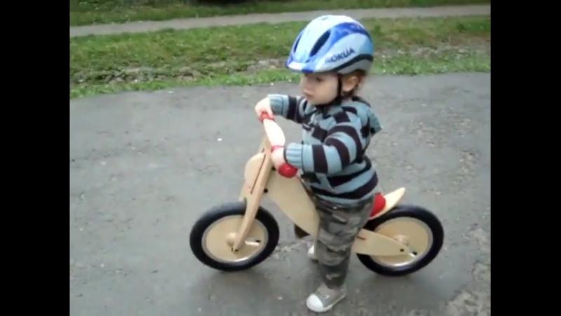 Piotrus i rowerek biegowy LIKEaBIKE Mini cz.2