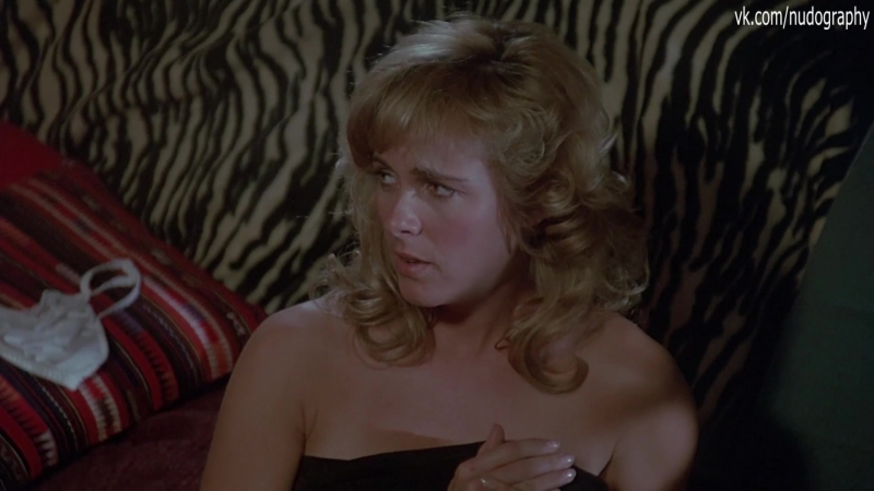 Вики Бенсон (Vickie Benson) голая в фильме Дух мщения (Перехватчик, The Wraith, 1986, Майк Марвин) 1080p