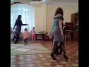 танец с сыновьями в детском саду на празднике 8 марта