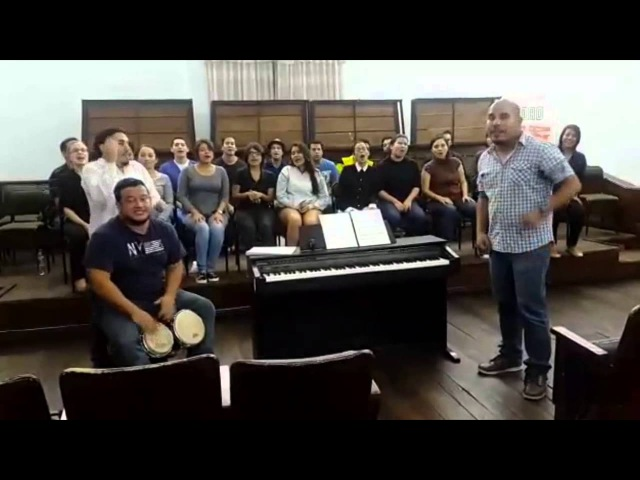 Chór Uniwersytetu w Guayaquil zaprasza na Universitas Cantat 2015