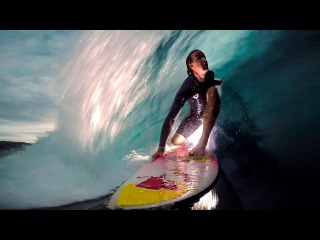 GoPro Surf: Jamie O'brien Lights up the Night at Pipeline