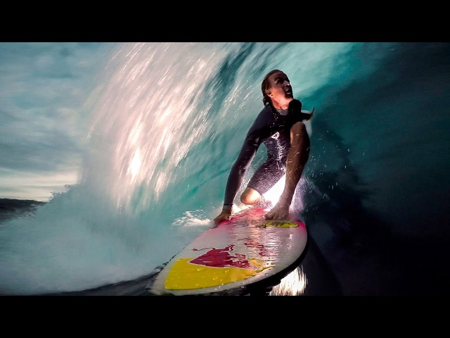 GoPro Surf Jamie O'brien Lights up the Night at Pipeline