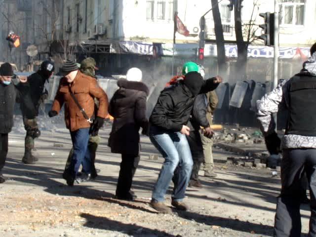 4 Бойові дії на розі Інститутської та Шовковичної 18 лютого