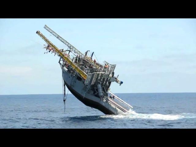 Корабль ВВЕРХ ТОРМАШКАМИ!! Такого Вы Ещё не Видели!