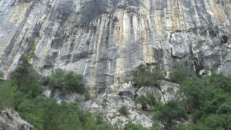 Por Cantabria _ Ramales de la Victoria, valle del Ason y cueva de Rubicera
