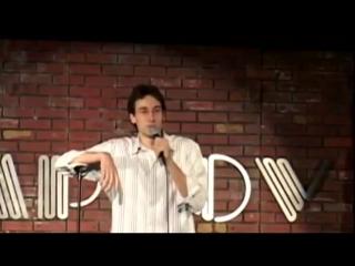 Стенд ап комик и выкрик из зала