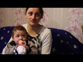 Мать-одиночка с маленькими детьми вынуждена жить в аварийном доме
