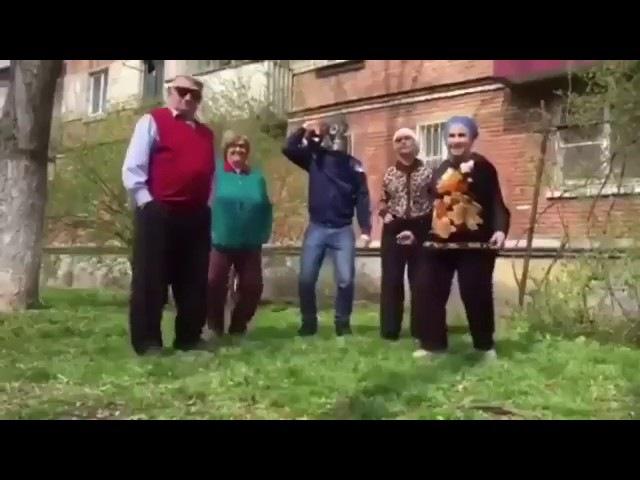 Удар по Навальному ватными совкодрочерами! Миазы путинской пропаганды!