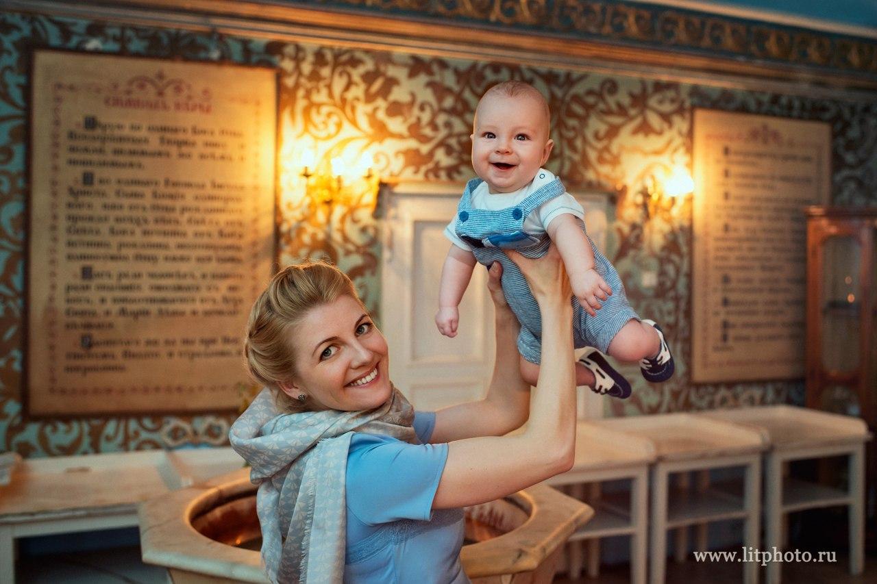 Крещение в храме Спаса Преображения в Переделкино. Фотограф на крещение.