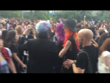 the GazettE LIVE - DOGMATIC ANOTHER FATE - Fans waiting outside the venue (01.08.2016)