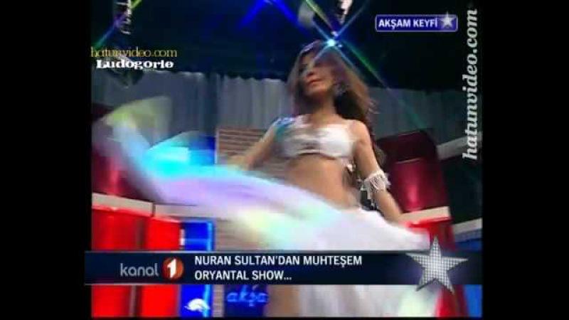 Turkish Belly Dancer - Nuran Sultan