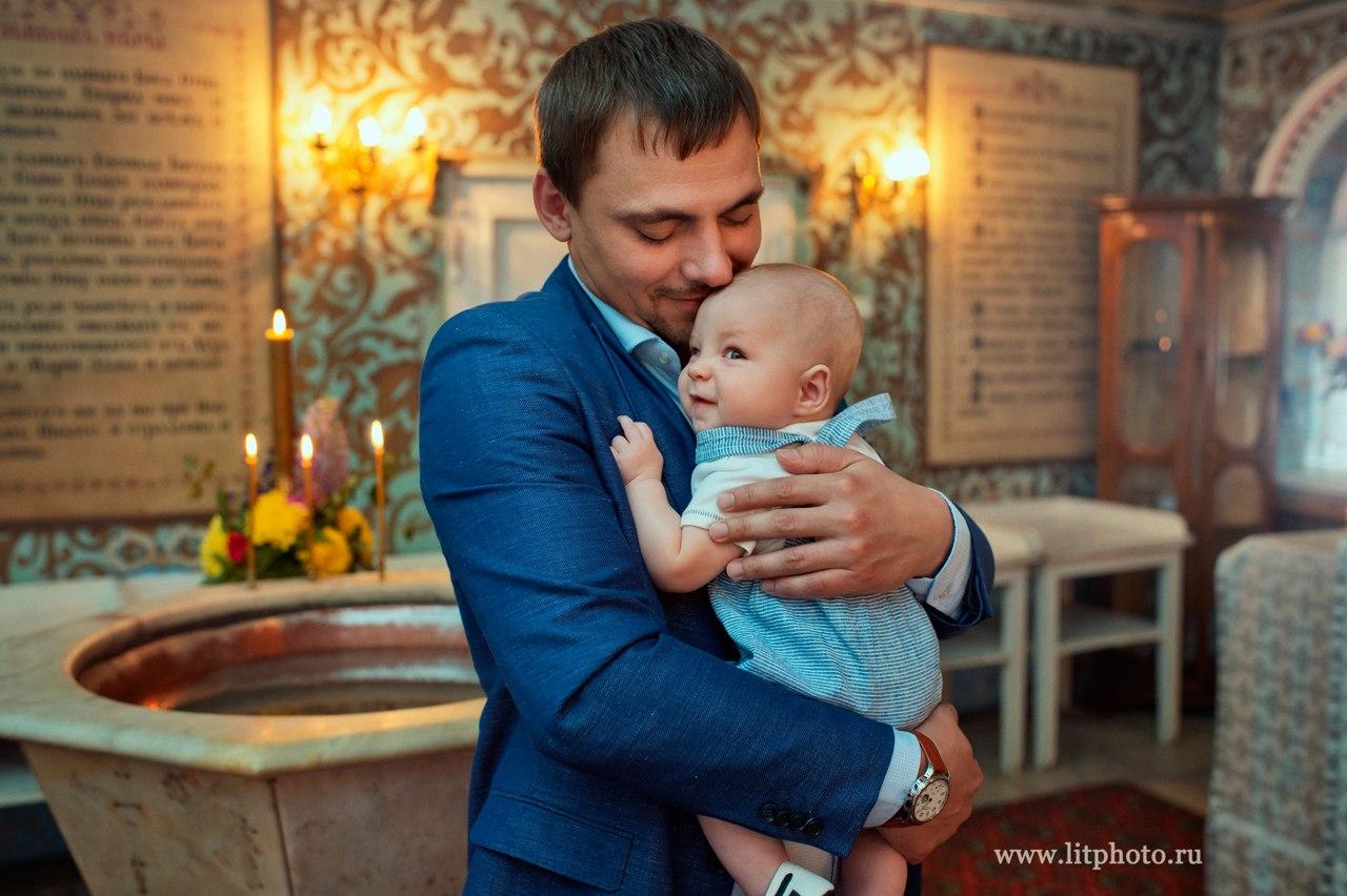 Крещение в храме Спаса Преображения в Переделкино. Фотограф на крещение