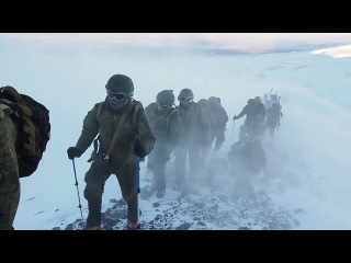 Russian Special Forces training in Extreme Windy & Cold Conditions.