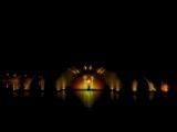 Цветные фонтаны.  Алла Пугачева – Ты меня не оставляй