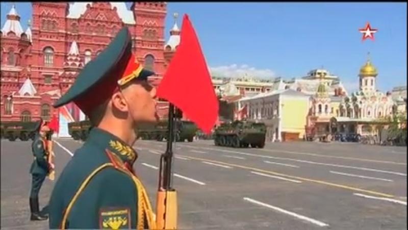 «Тигры», «Арбалеты» и «Корнет-Д» открыли механизированную часть Парада Победы