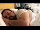 антон герр одинокий мужчина в самом соку не пьет и не курит и спит на боку