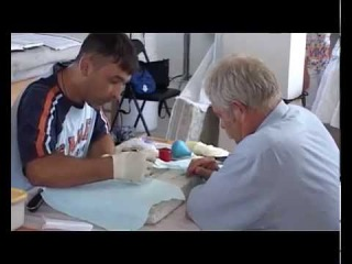 В Херсонесе проходит ежегодный семинар для художников реставраторов