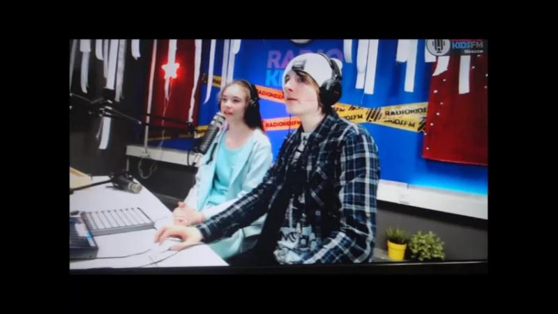 Эфир на RADIO KIDS FM от 22 апреля(Вторая часть). Вероника Устимова и Иван Харитонов.