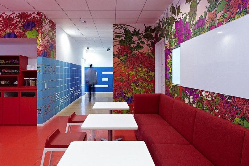 Штаб-квартира компании Google в Токио  Штаб-квартира компании Google в японском городе Токио является результатом работы творческого коллектива студи Klein Dytham architecture (KDa).