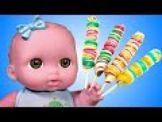 Игра в дочки матери куклы пупсики и сладости. Мультфильм для детей играем в докт ...