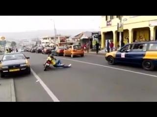Эффектная езда на мотоцикле