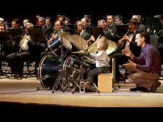 [HD] Lyonya Shilovsky - 3 Years Old Russian Drummer Leads Orchestra of Adult Mus