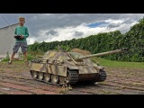 TANK DRIVER JACK - Little boy (4) test drives RC JAGDPANTHER and COMET